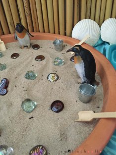 sea theme play provocation