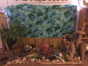 dinosaur-small-world